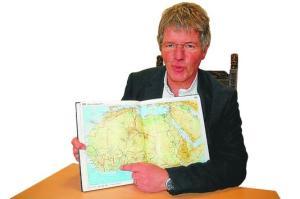 Pastor Rüdiger Möllenberg ^berichtet von der Rallye Dakar - Accra. Foto (c): Helmut Burlager