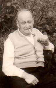 Ein wahrer Opa, Anfang der 60er Jahre. Hein Mansholt aus Brinkum, Ostfriesland.