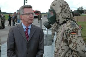 Minister im Gespräch - aber nicht mit Lokalpolitikern. Foto (c): Helmut Burlager