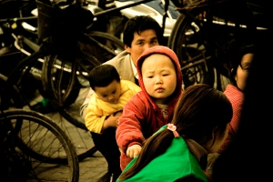 Shanghais Forgotten Children. Foto: Tim Keweritsch