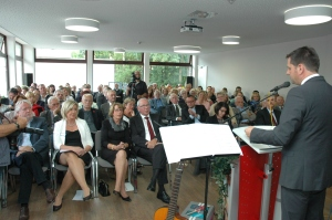 Wirtschaftsminister Olaf Lies war Ehrengast bei der Einweihung des Kinder- und Jugendhospizes in Wilhelmshaven. Foto: Helmut Burlager